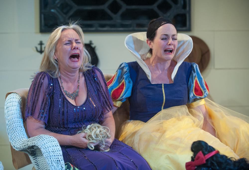 BWW Review: VANYA & SONIA & MASHA & SPIKE at Mile Square Theatre Hoboken