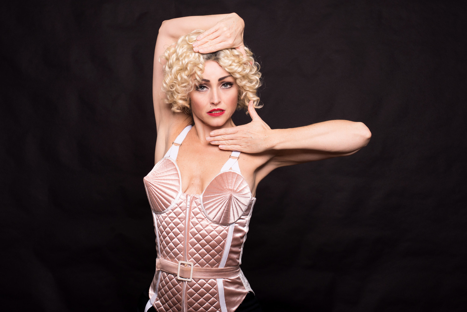 BWW Interview: UK BASED ARTIST TASHA LEAPER On Performing Her Madonna Act In India