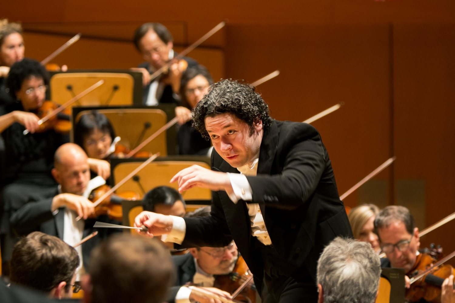 BWW Review: The Los Angeles Philharmonic at Disney Hall