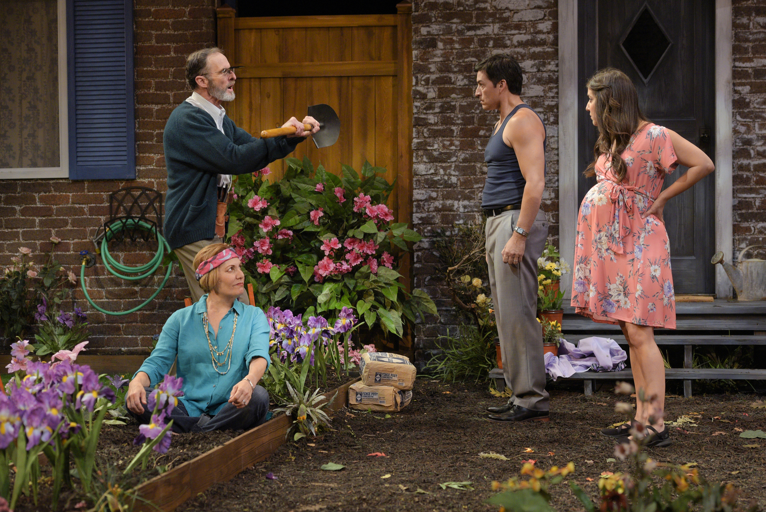BWW Review: NATIVE GARDENS Sows Mayhem Through Comedy Through 9/16 at TheatreWorks Silicon Valley