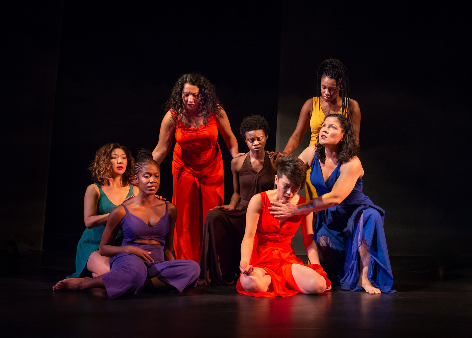 BWW Review: FOR COLORED GIRLS WHO HAVE CONSIDERED SUICIDE / WHEN THE RAINBOW IS ENUF at Penumbra Theatre