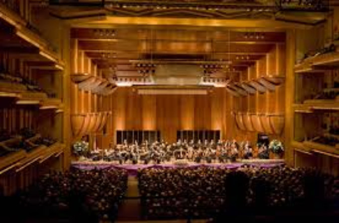 BWW Review: 'AMADEUS' LIVE WITH THE NEW YORK PHILHARMONIC at David Geffen Hall At Lincoln Center