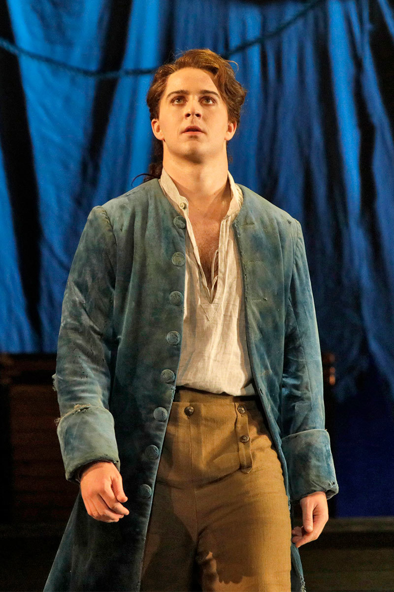BWW Review: CANDIDE at Dorothy Chandler Pavilion