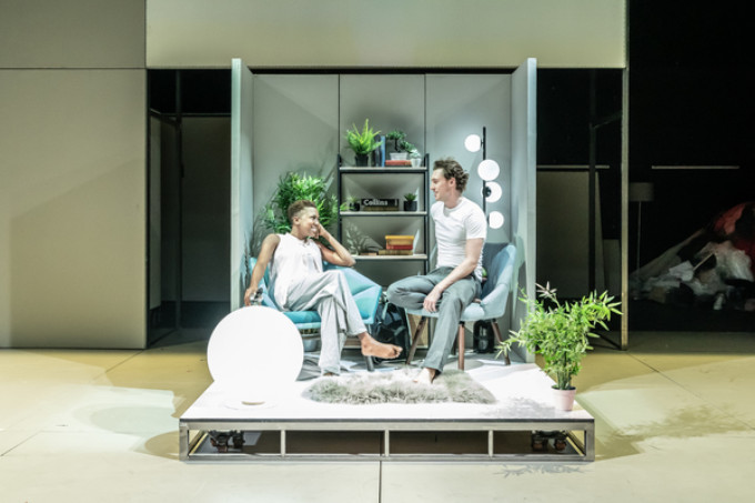 BWW Review: THE PHLEBOTOMIST, Hampstead Theatre