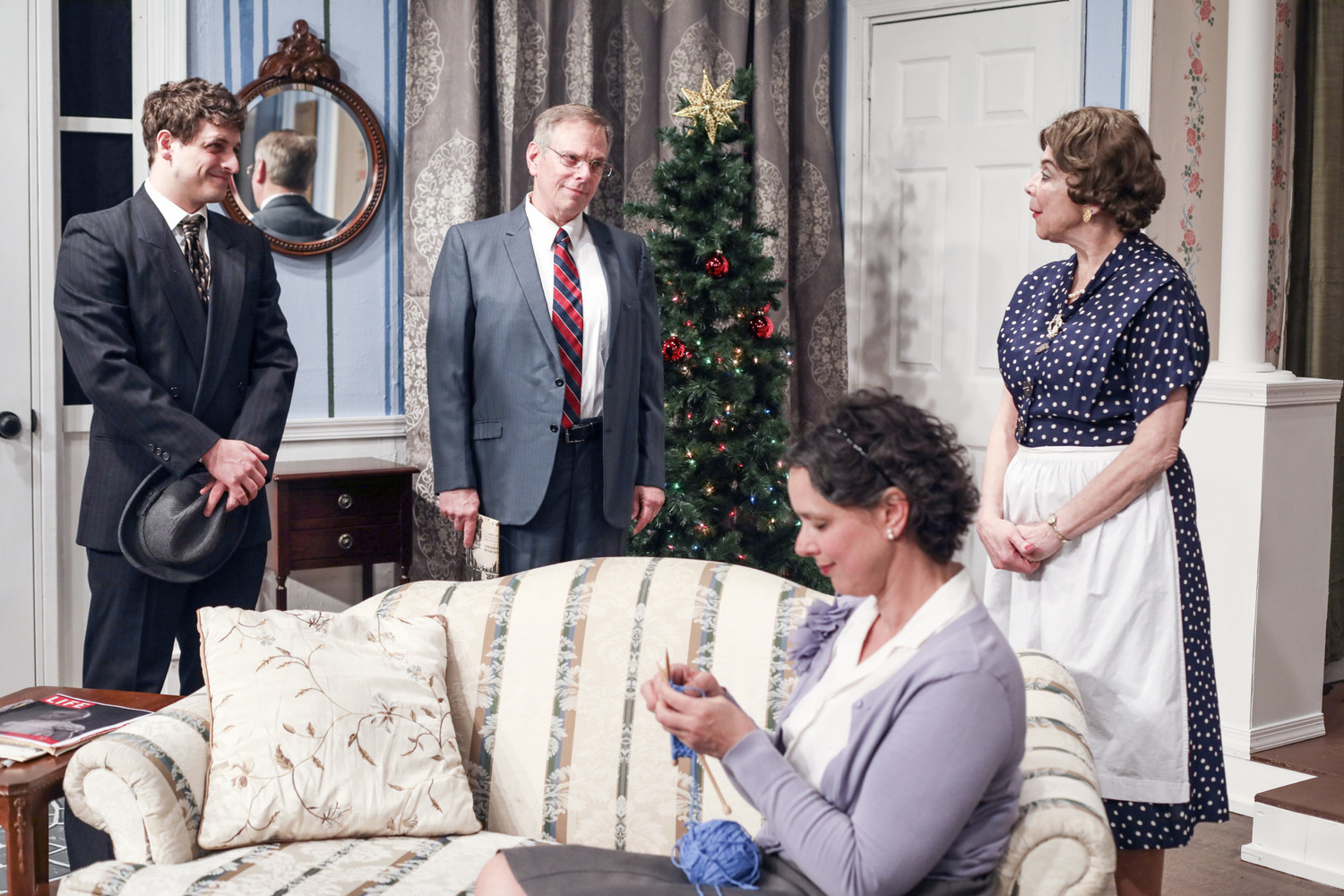 BWW Review: THE LAST NIGHT OF BALLYHOO at Oyster Mill Playhouse