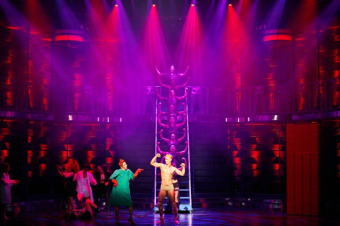 BWW Review: ROCKY HORROR SHOW at Hongik University Art Center Grand Theater, 'Don't Dream It, Be It!'