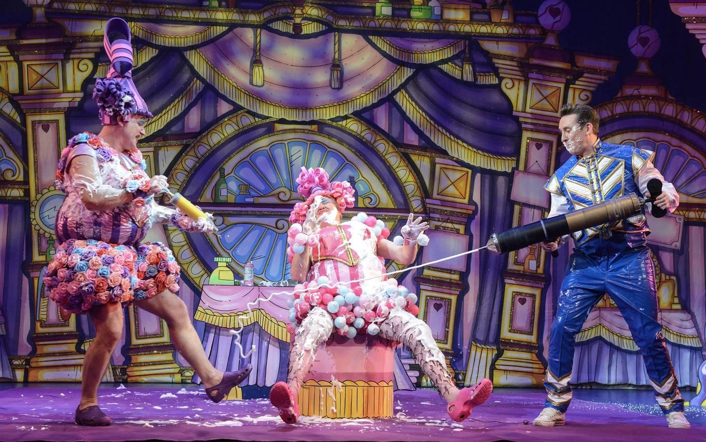 BWW Review: CINDERELLA, Belgrade Theatre, Coventry