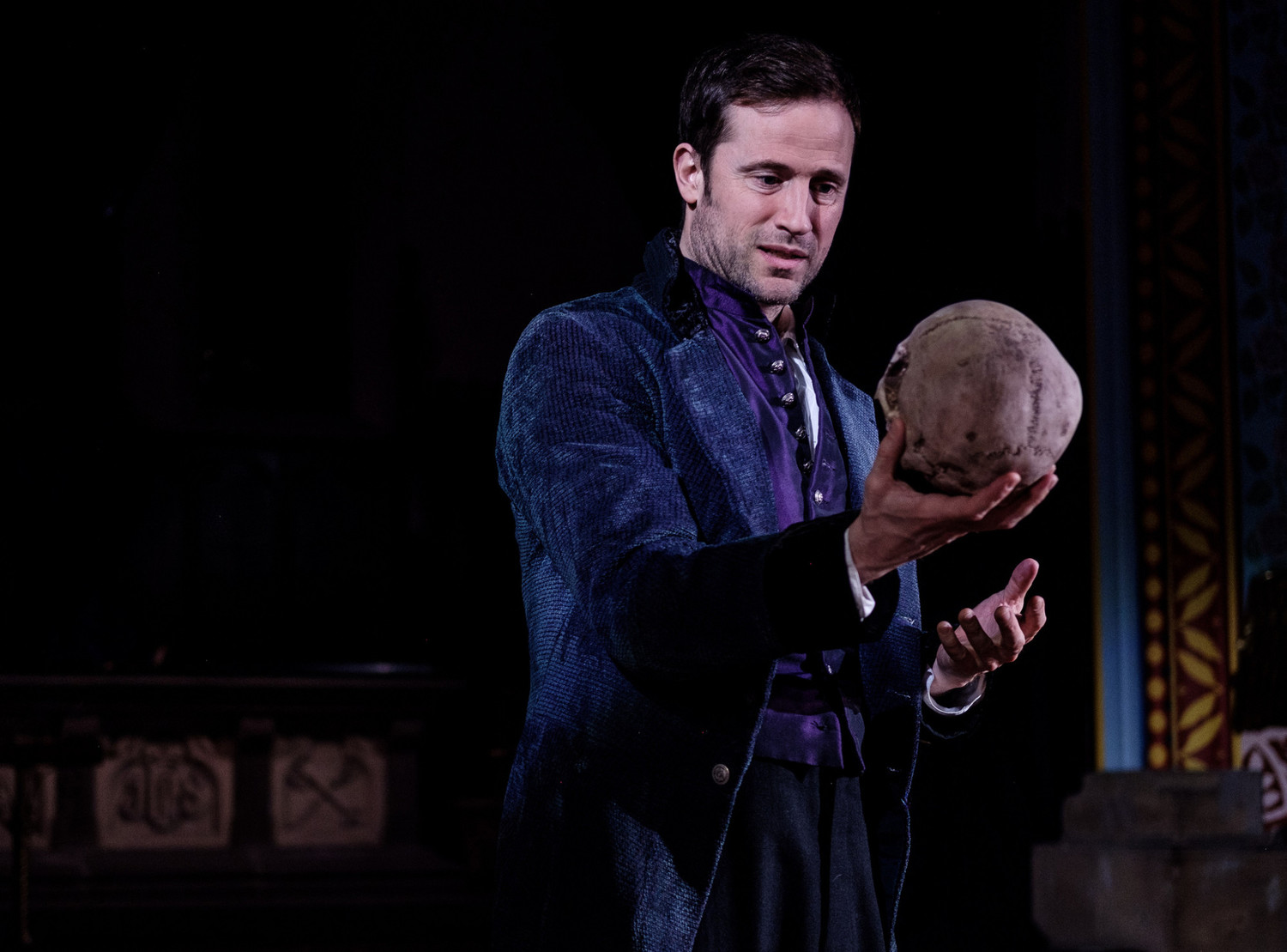 BWW Review: Jersey City's Grace Church turns into Elsinore for HAMLET by Shakespeare@