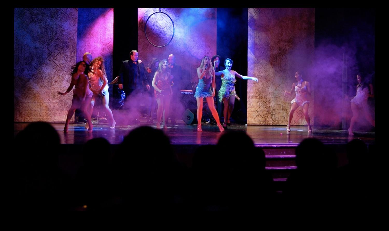 BWW Review: LA NOTTE DEI MUSICAL- DIVAS LA VIE EN ROUGE   ATMOSFERA NEWYORKESE (SCADENTE)  al Parioli Thatre Club