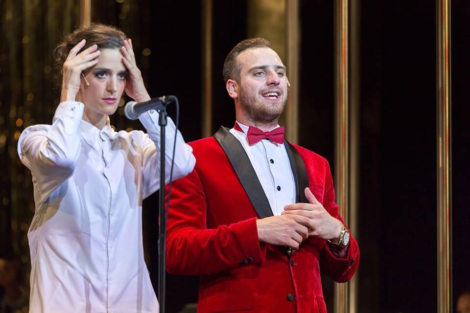 BWW Review: CHICAGO at Átrium Theatre, Budapest