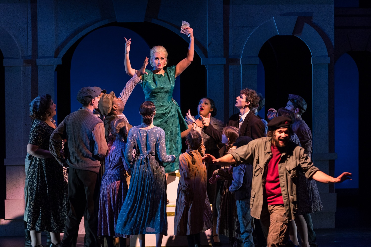 BWW Review: Lucia Stetson Brings a Regal, Enigmatic EVITA to CPCC