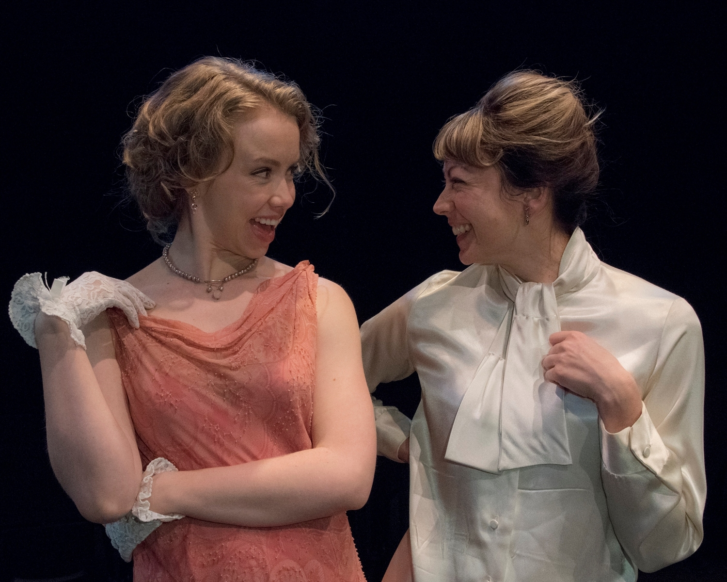 BWW Review: A Triumphant  CONSTANT WIFE at Irish Classical Theatre