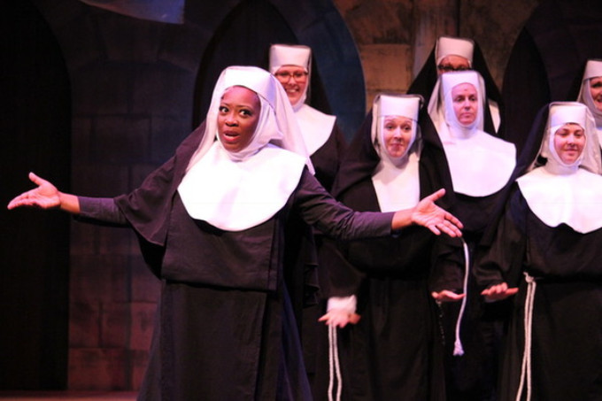 BWW Review: SISTER ACT at MAINSTAGE IRVING - LAS COLINAS