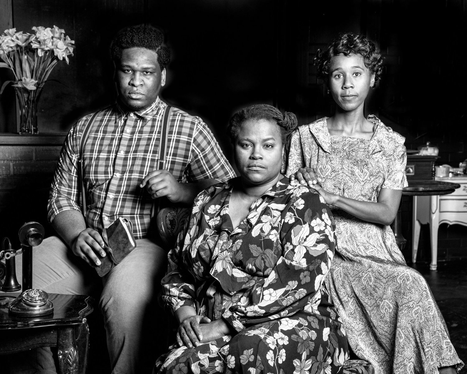 BWW Review: THE GLASS MENAGERIE Glistens at The Firehouse Theatre