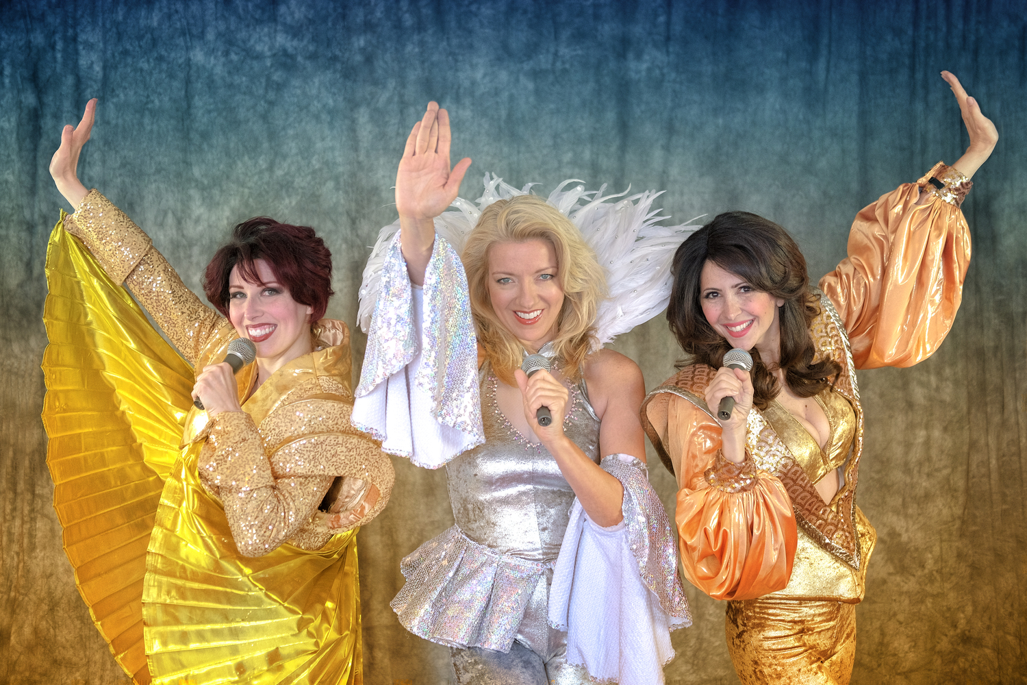 BWW Review: MAMMA MIA! at Mason Street Warehouse at The Saugatuck Center For The Arts--Here We Go Again for the Best Summer Fun