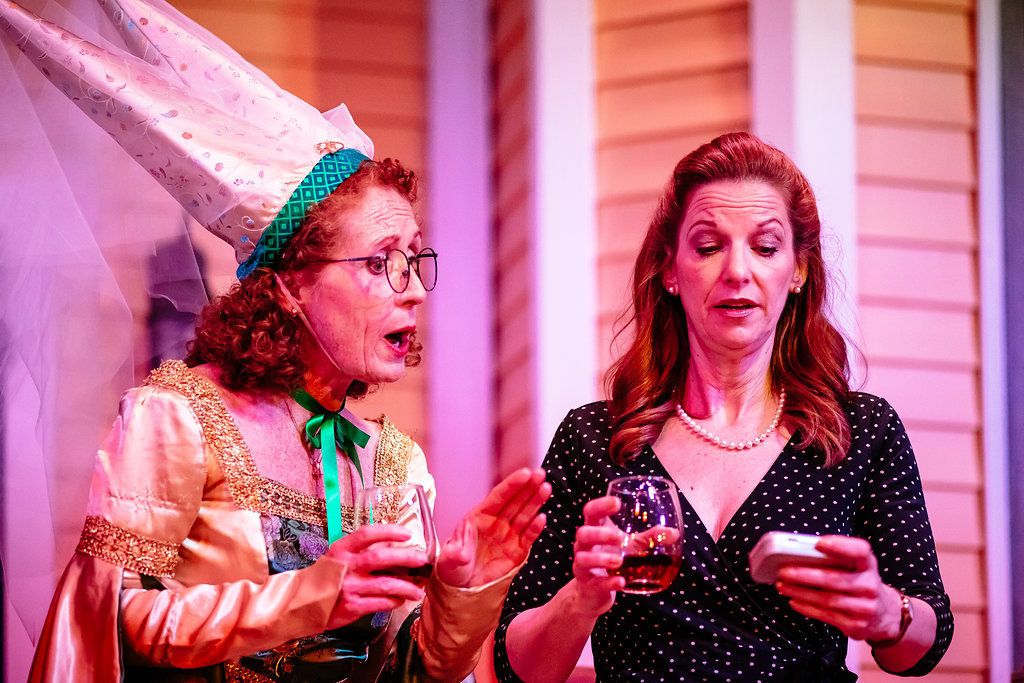 BWW Review: SAVANNAH SIPPING SOCIETY at The Dio in Pinckney Embraces Friendship, Life Lessons and Libations