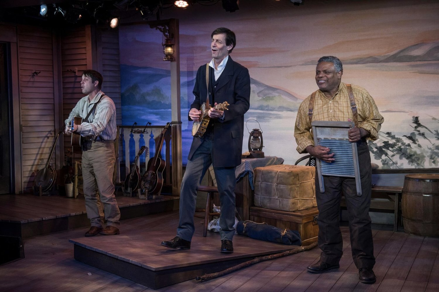 BWW Review: MARK TWAIN'S RIVER OF SONG Soothes & Inspires  at the Milwaukee Repertory Theater