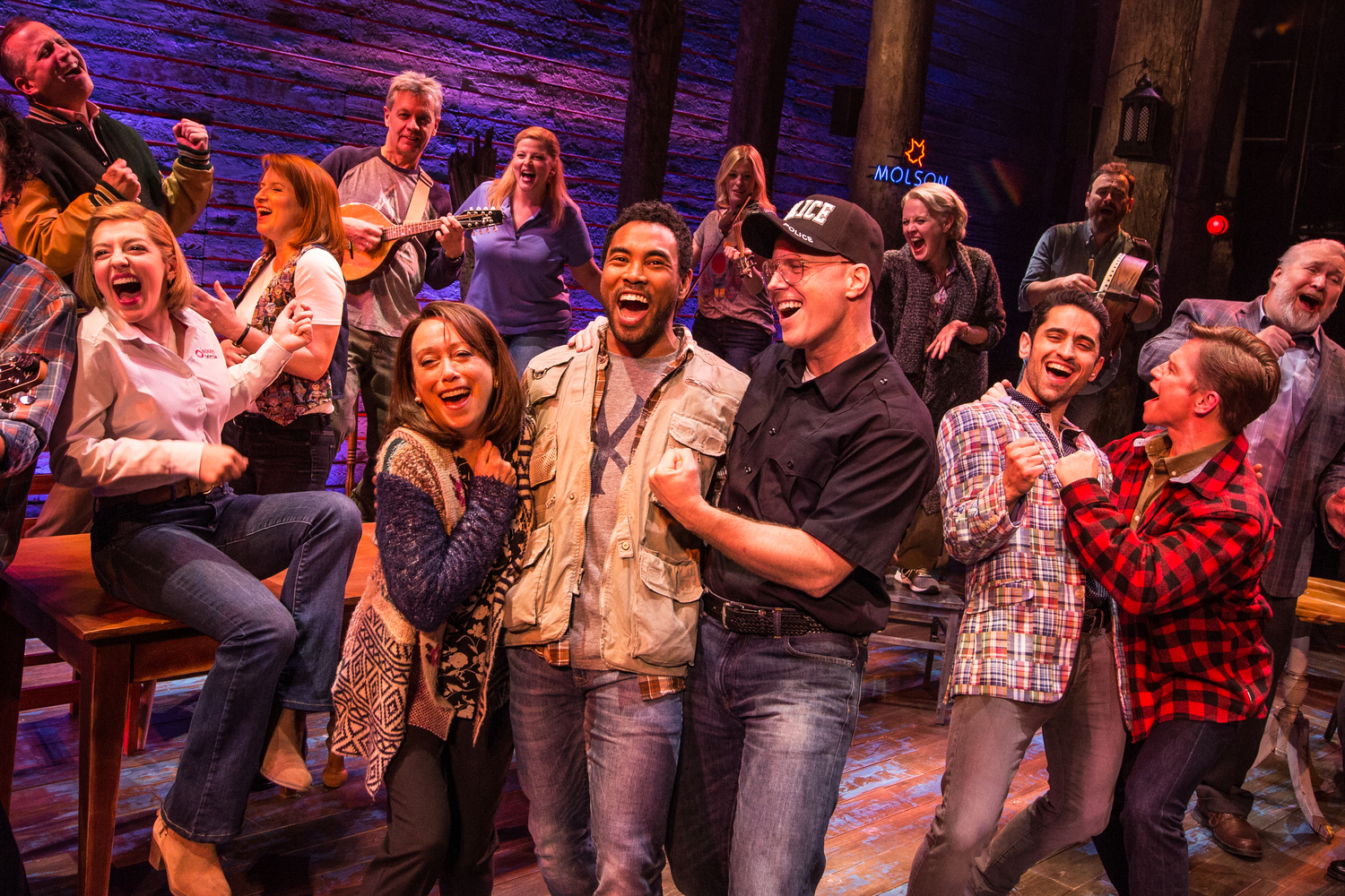BWW Review: COME FROM AWAY is a Triumph in Toronto
