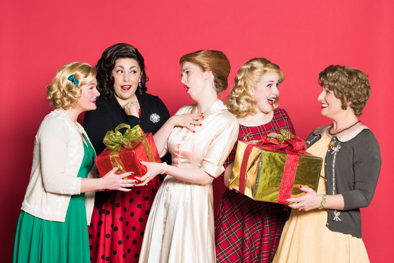 BWW Review: Carol-ing Along in CenterPoint Legacy's 5 CAROLS FOR CHRISTMAS