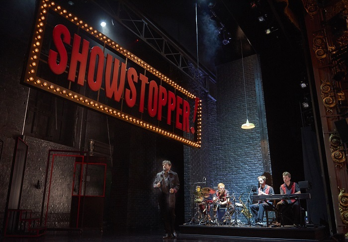 Showstoppers set and band