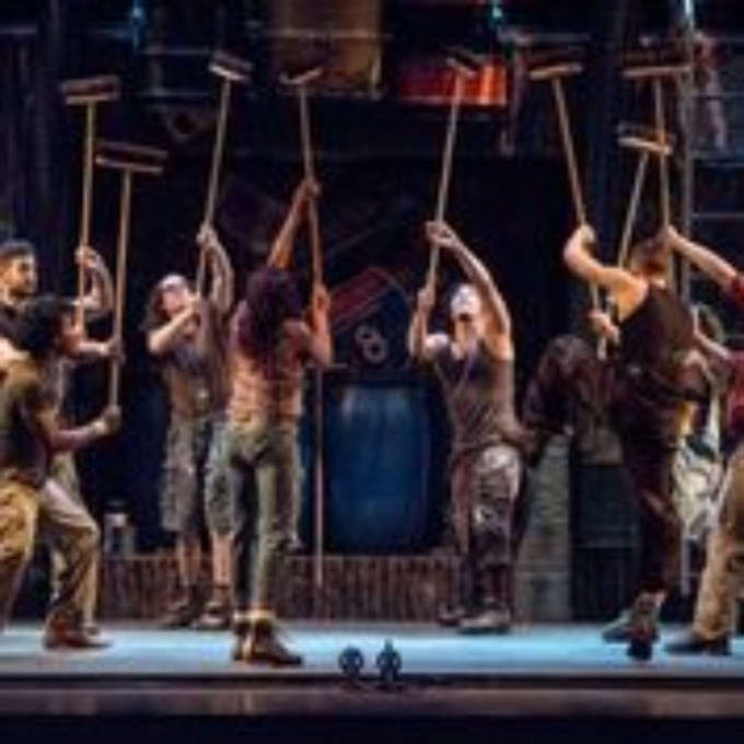 BWW Review: Go at Once to See STOMP at Providence Performing Arts Center