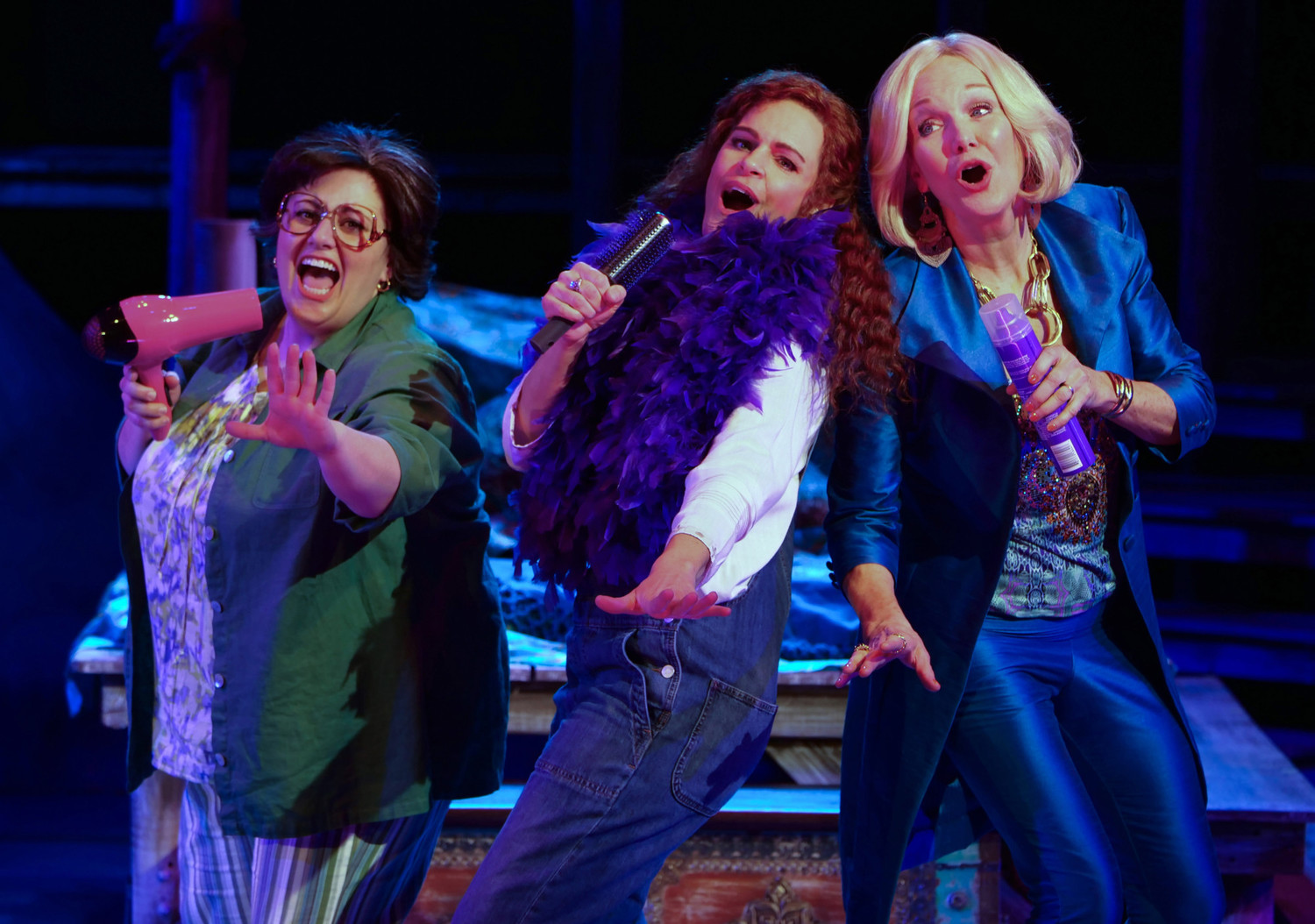 BWW Review: MAMMA MIA! at Chanhassen Dinner Theatres