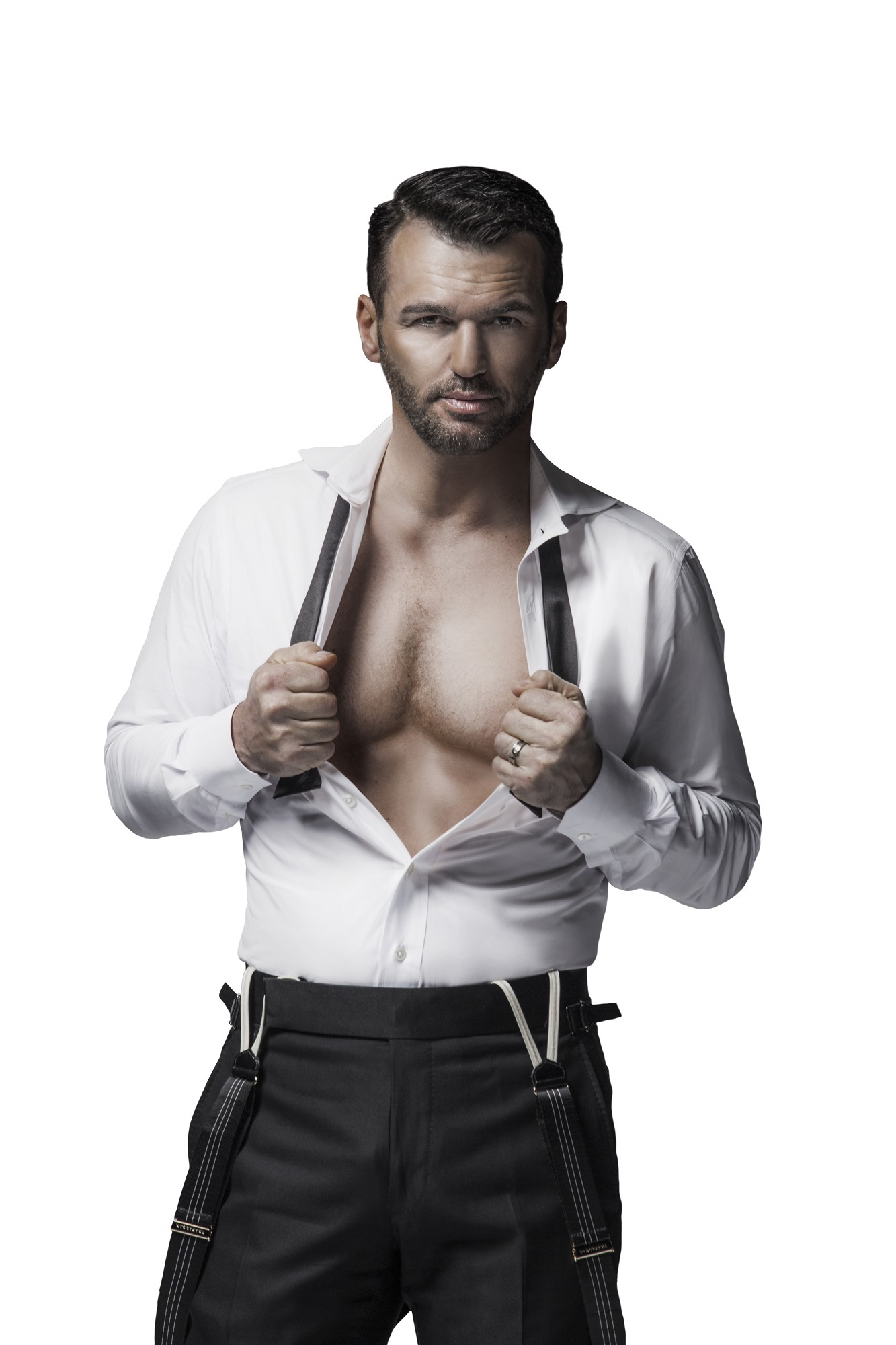 BWW Feature: 'DANCING WITH THE STARS' TONY DOVOLANI HOSTS CHIPPENDALES at Rio All-Suite Hotel & Casino