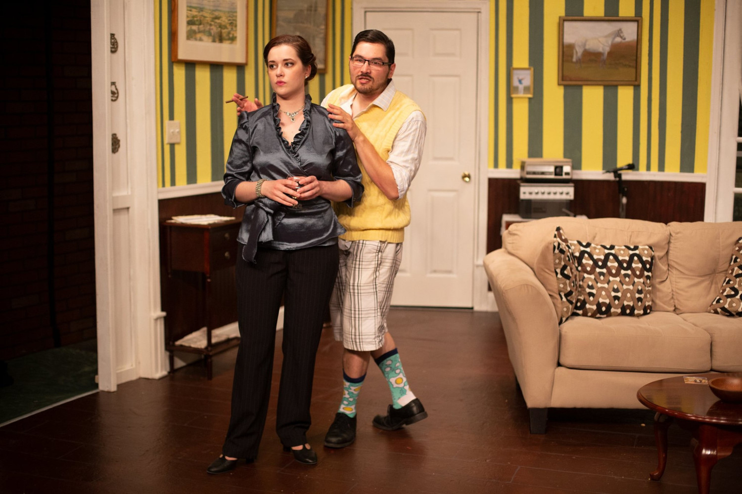 BWW Review: THE FOX ON THE FAIRWAY at Oyster Mill Playhouse