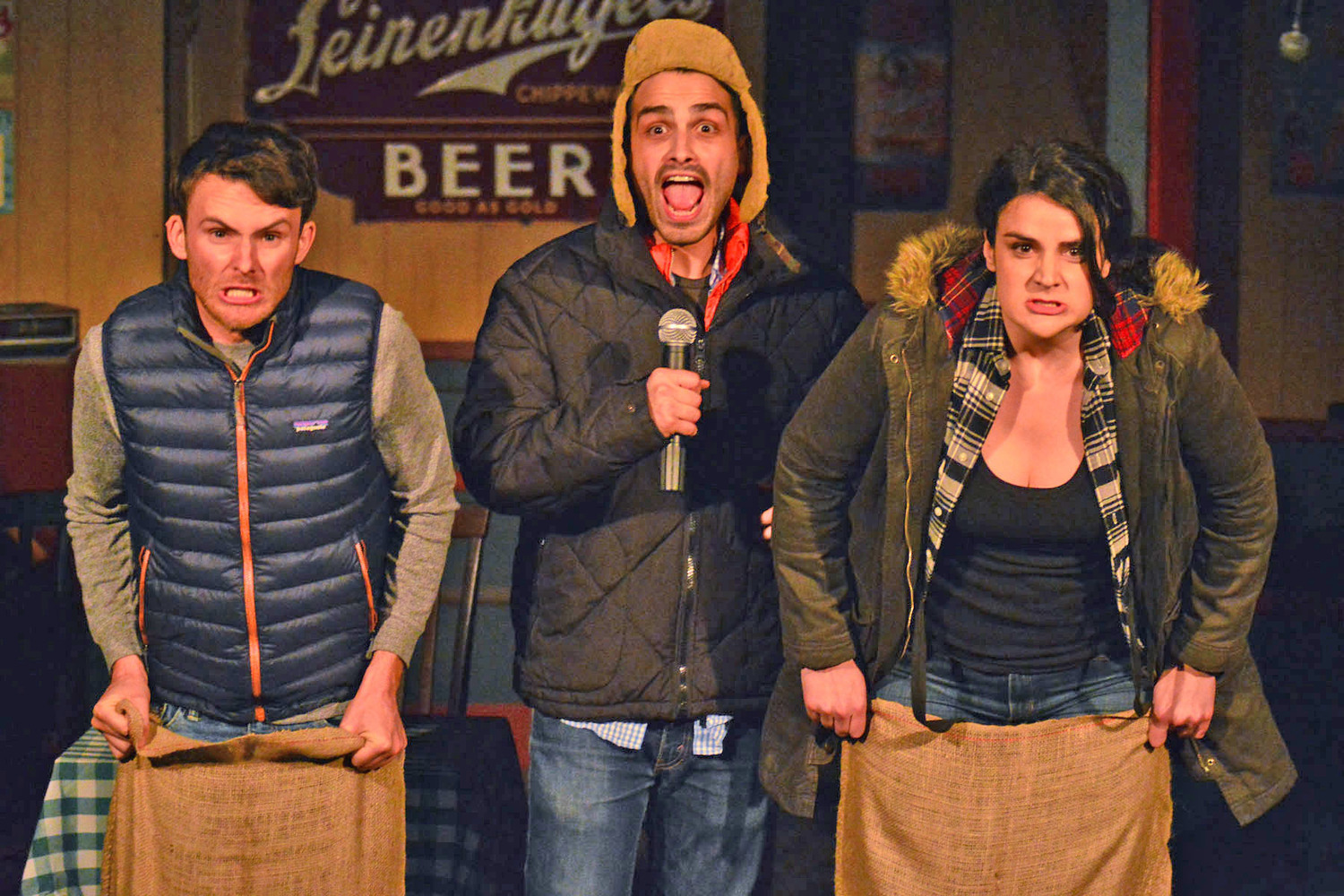 BWW Review: DON'T HUG ME, WE'RE FAMILY Has World Premiere in North Hollywood