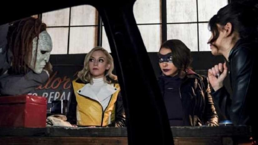 BWW Review: Nora Joins the Rogues on THE FLASH