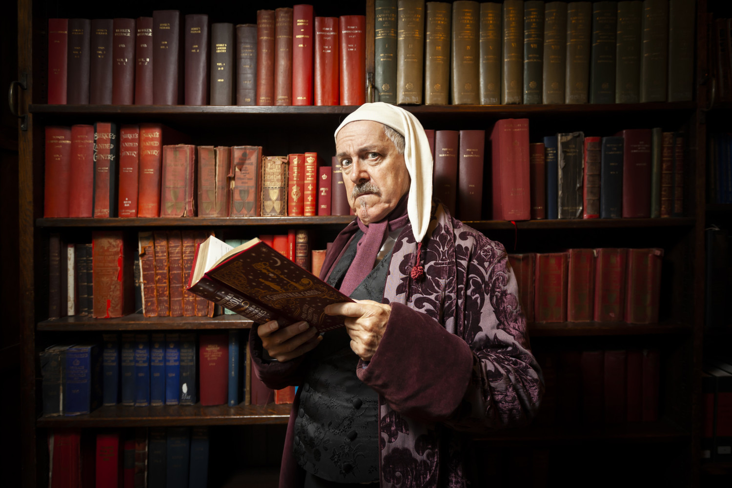 BWW Interview: Griff Rhys Jones Talks LMTO's A CHRISTMAS CAROL