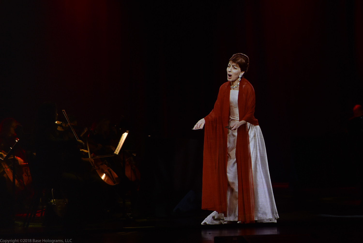 BWW Review: CALLAS IN CONCERT at University of Southern California's  Bovard Auditorium