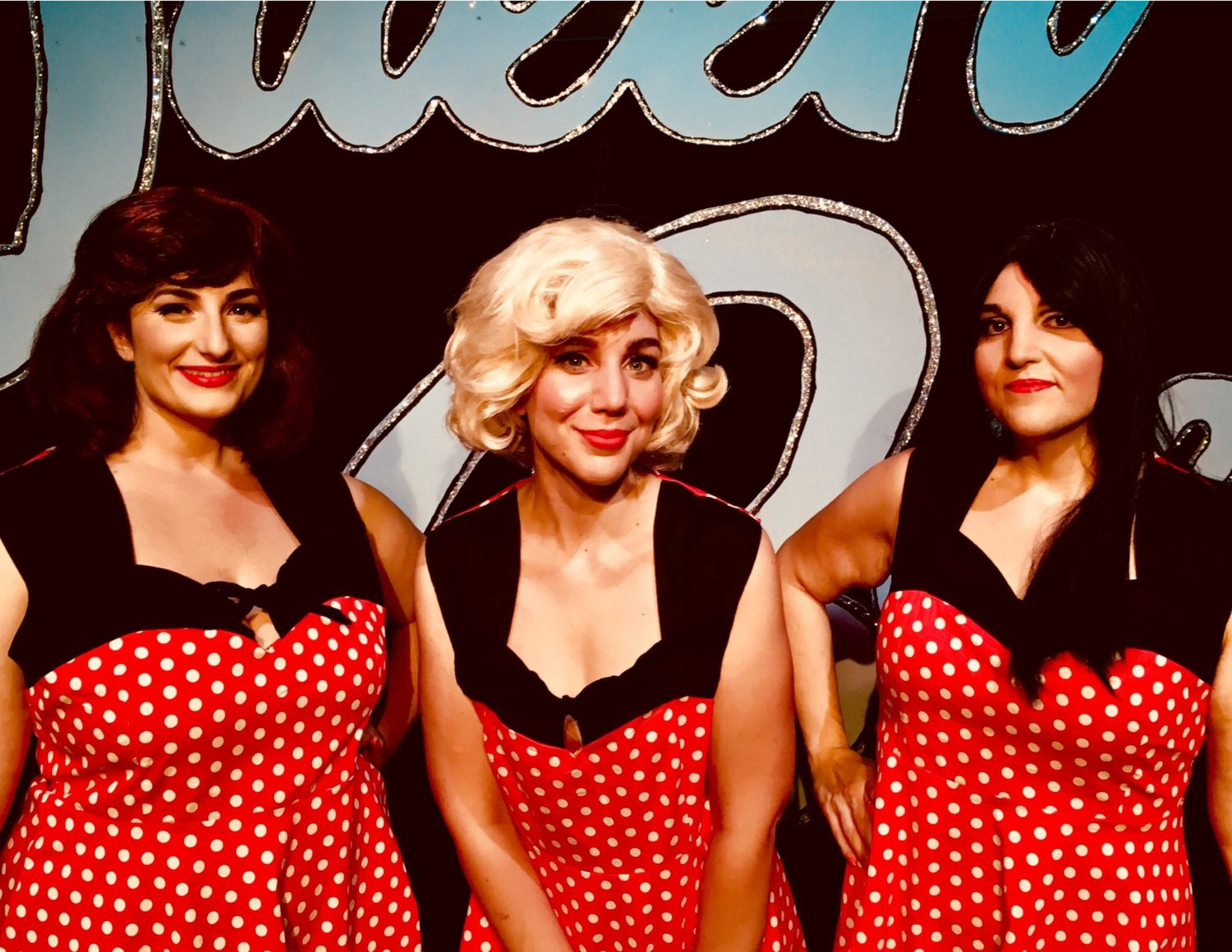 BWW Review: THE QUEEN BEES at Connecticut Cabaret Theatre