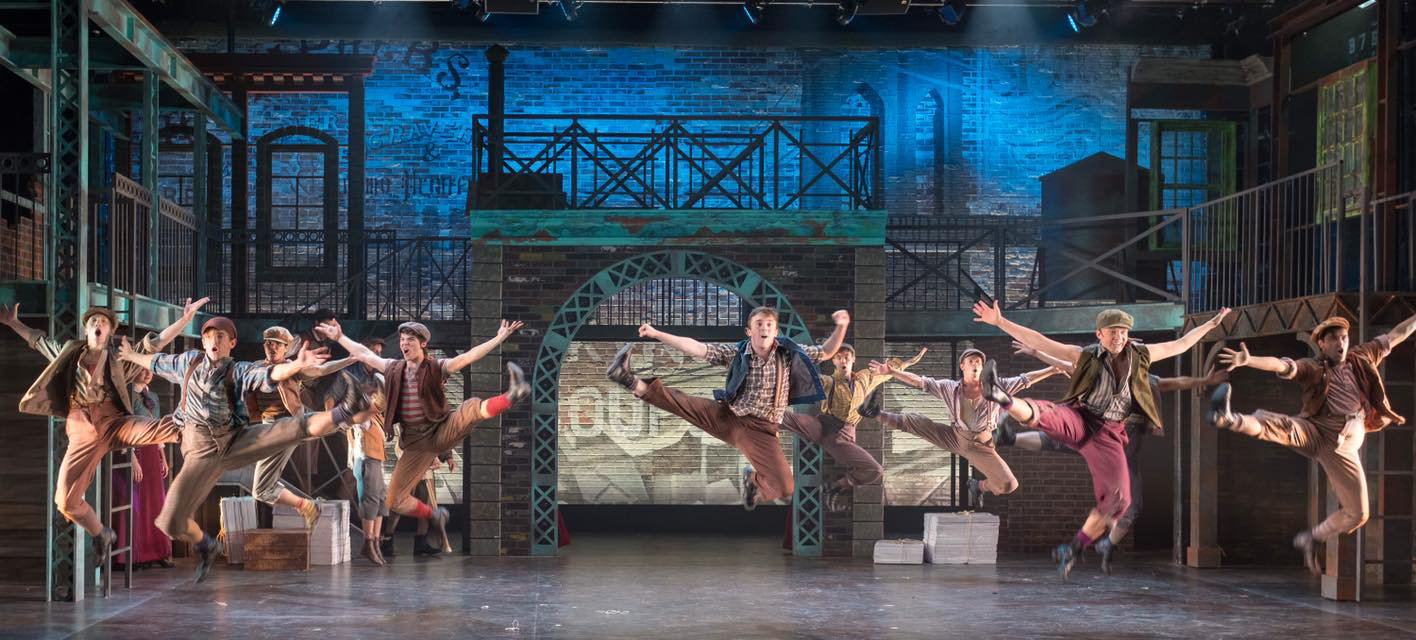 BWW Review: NEWSIES Reigns 'King of New York' at the John W. Engeman Theater At Northport