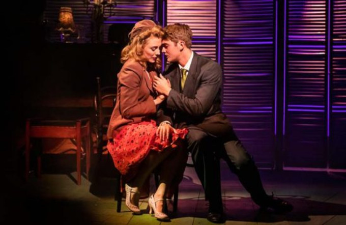 BWW Review: ASPECTS OF LOVE, Southwark Playhouse