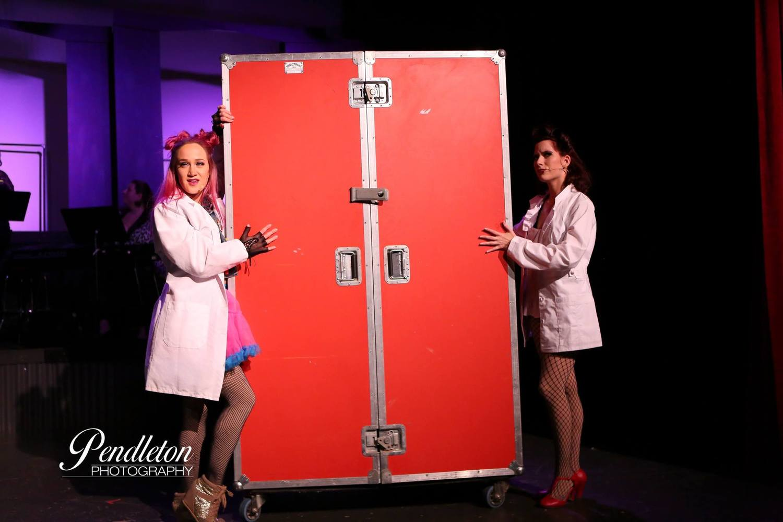 Lindsey Smith (Columbia) and Samantha Snow (Magenta)
