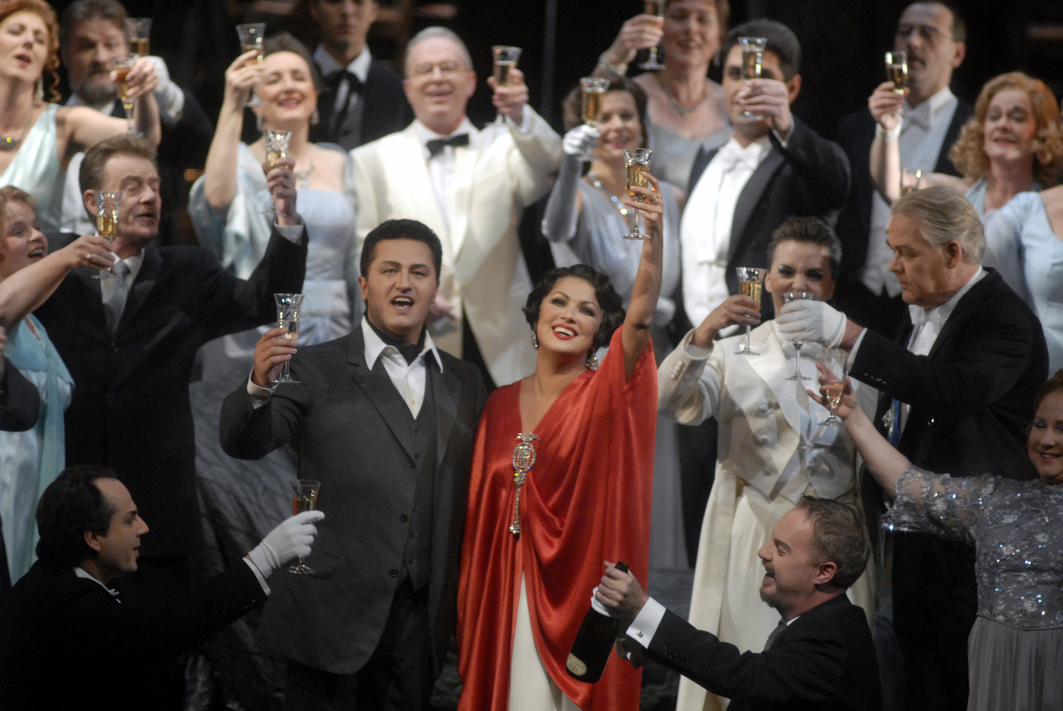 BWW Review: LA TRAVIATA at Deutsche Oper Berlin - A woefully underrehearsed performance with a runaway orchestra