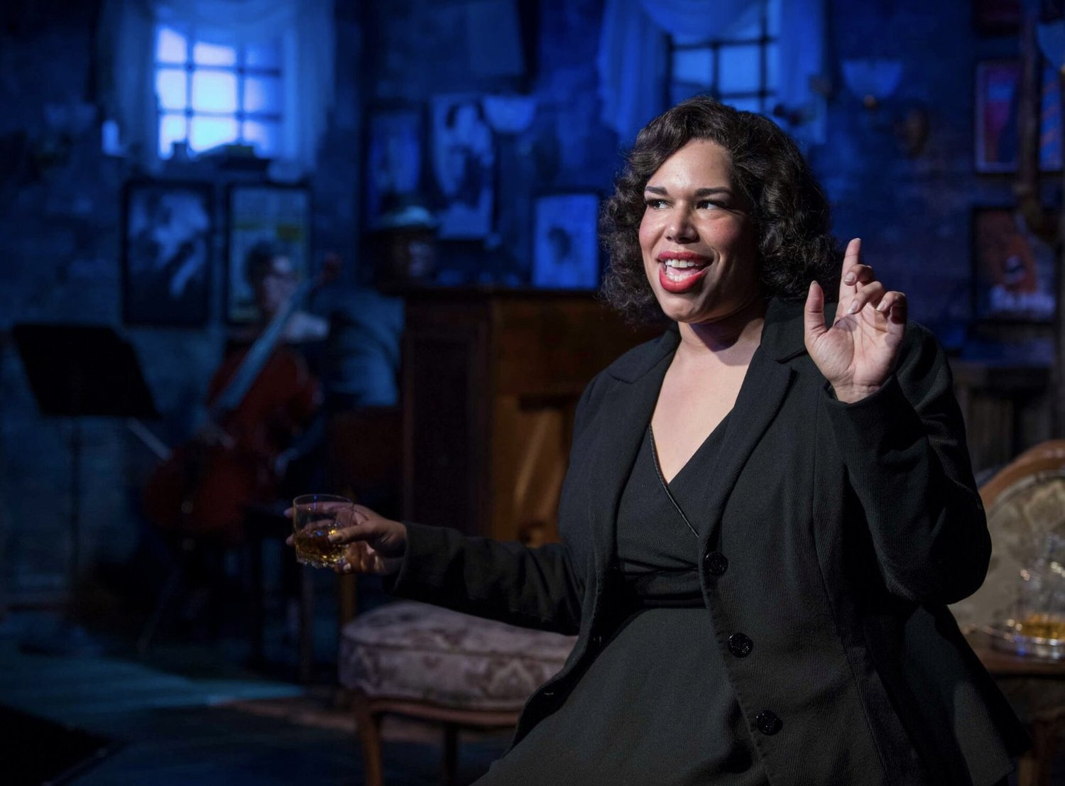 Bww Review One Dazzling Star Sings Five Legendary Divas