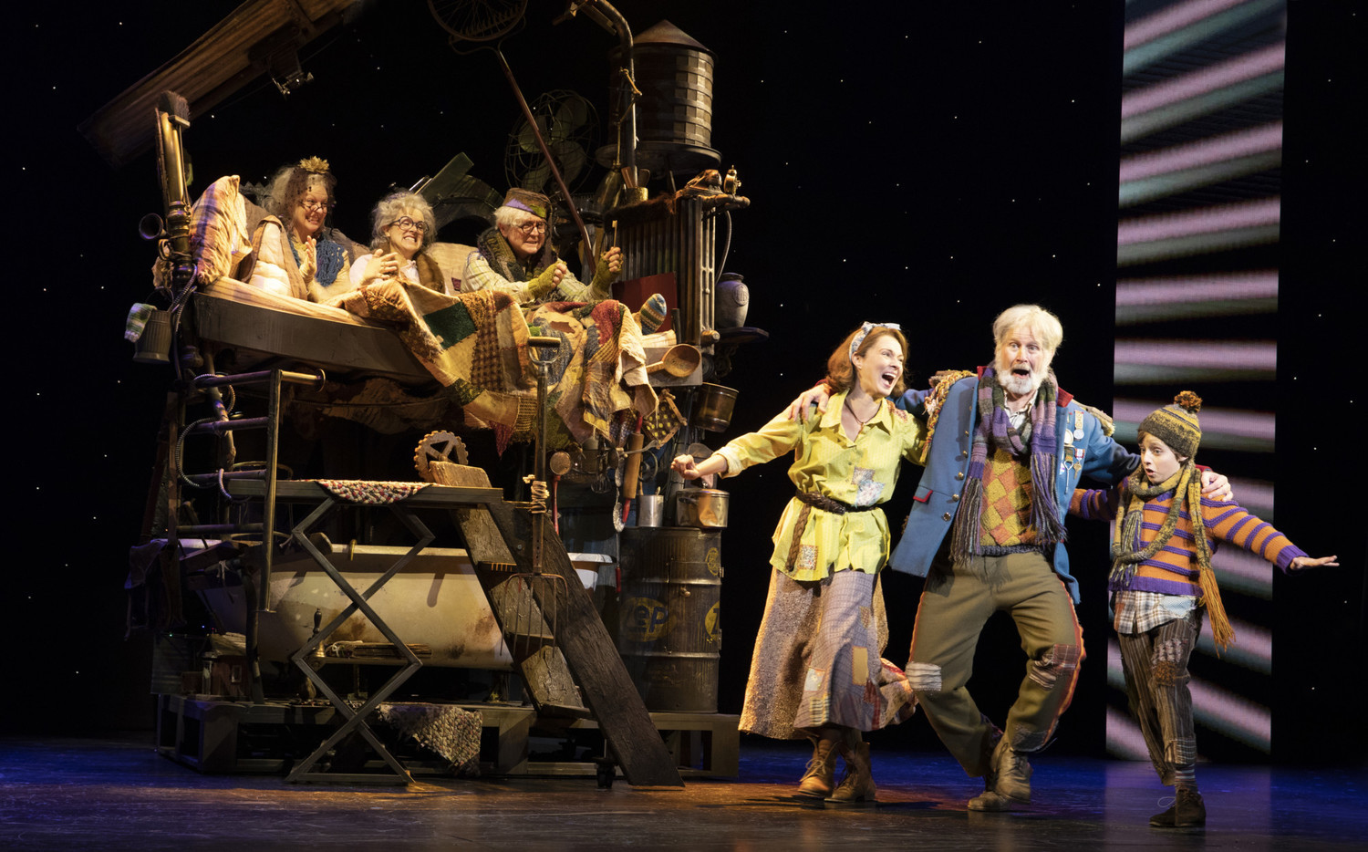 BWW Interview: CHARLIE AND THE CHOCOLATE FACTORY'S James Young Talks about Grandpa Joe and the Importance of Theater for Young People