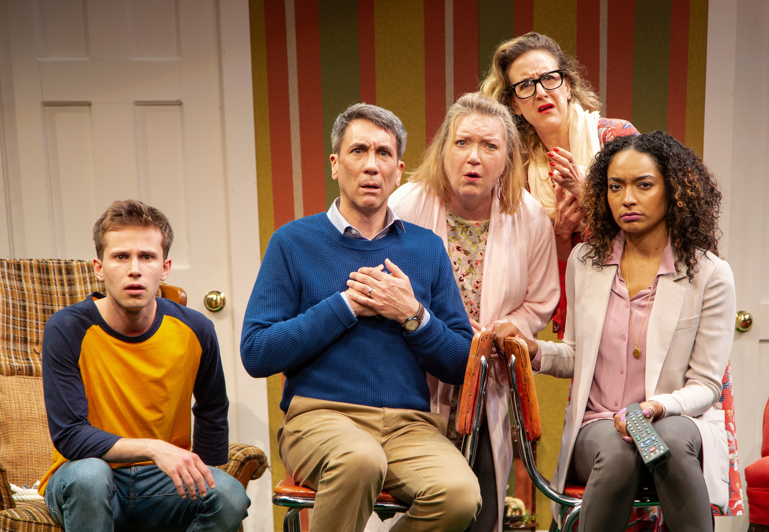 BWW Review: TURNING OFF THE MORNING NEWS at McCarter Theatre Center is On