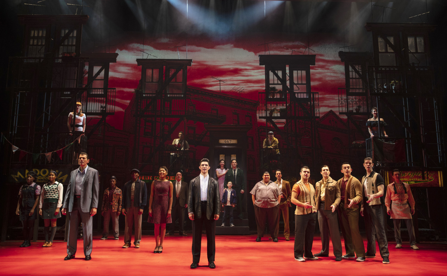 BWW Review: A BRONX TALE at the National Theatre is Disappointingly Disjointed