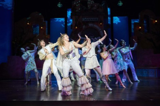 BWW Review: GLT's MAMMA MIA! Leaves Audience Singing & Dancing in the Aisles