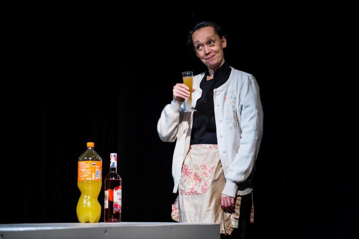 BWW Review: SAGA, Etcetera Theatre