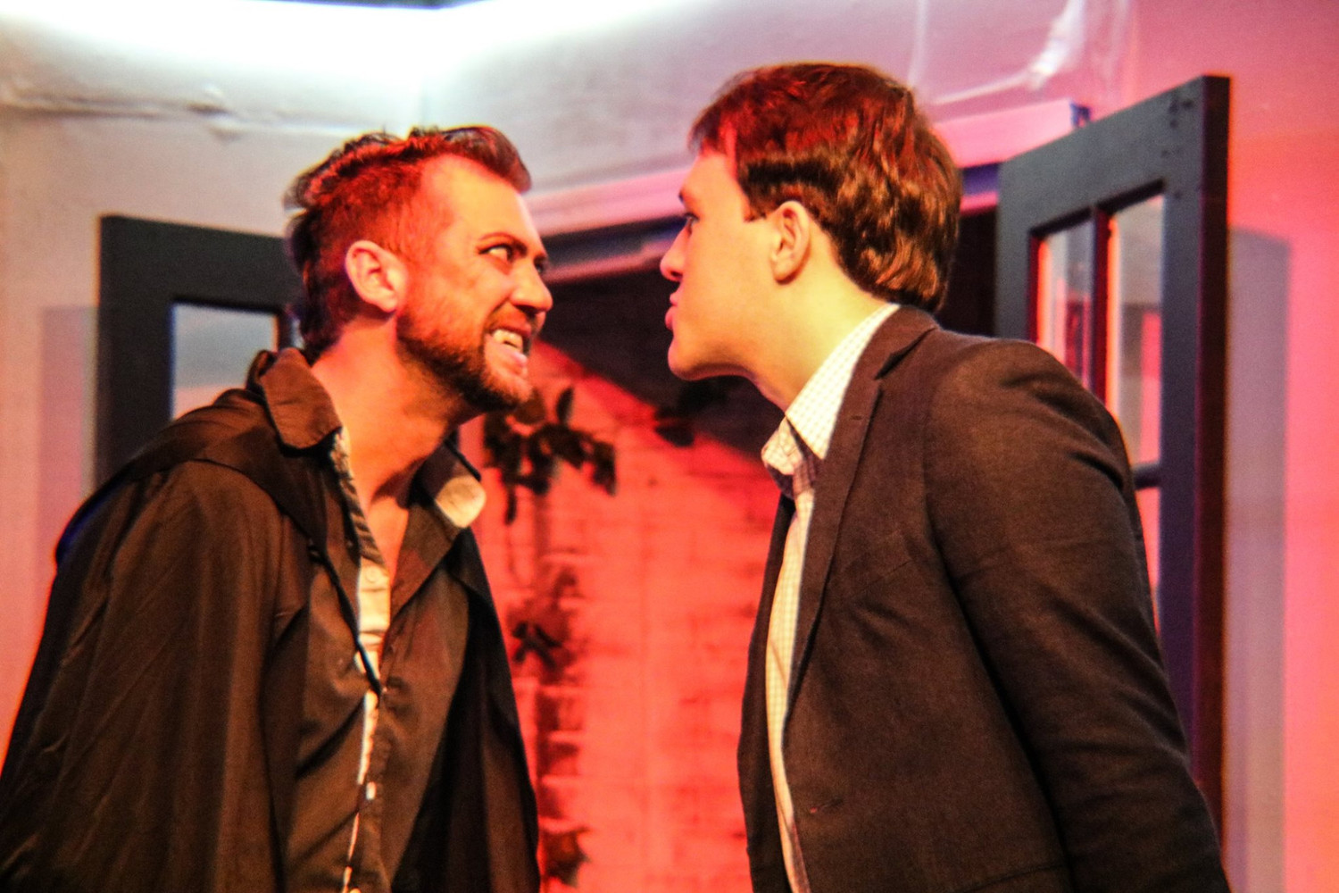 BWW Review: DRACULA IS A BLOODY GOOD TIME at Carrollwood Players Theatre