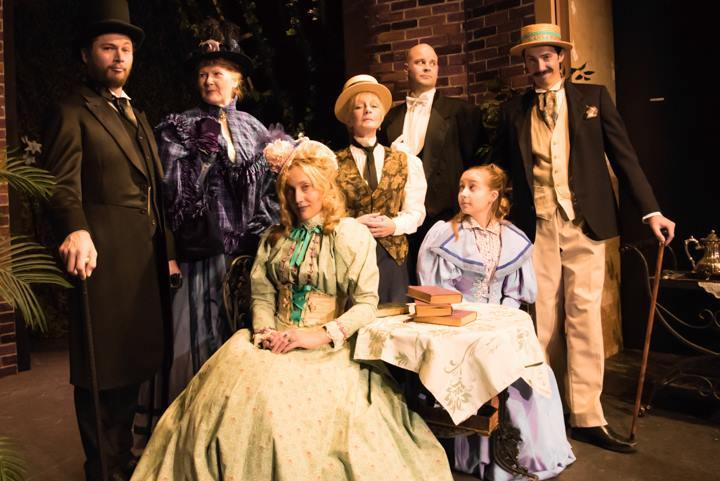BWW Review: THE IMPORTANCE OF BEING EARNEST at The Santa Fe Playhouse