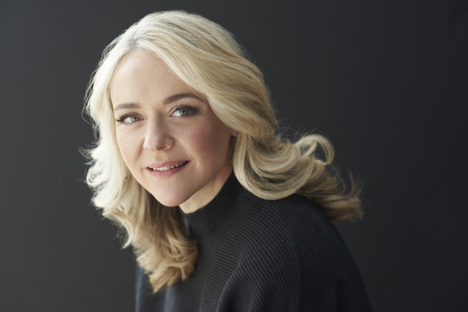 BWW Interview: From Maui to Michigan, Rachel Bay Jones Will Perform Her SOMETHING BEAUTIFUL CONCERT as the Season Opener for Detroit's Cabaret 313 on Sept. 22.
