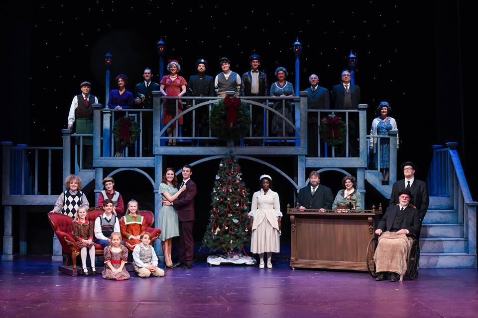 BWW Review: IT'S A WONDERFUL LIFE brought 2018 to a great close at Greenville Little Theatre