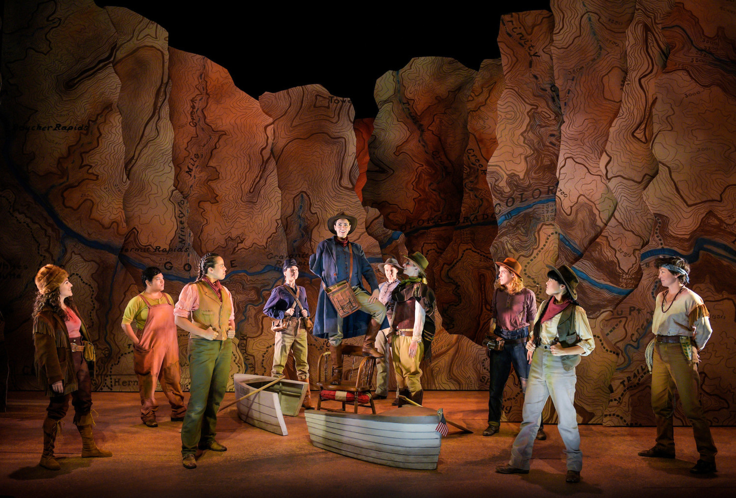 BWW Review: MEN ON BOATS at Strand Theater