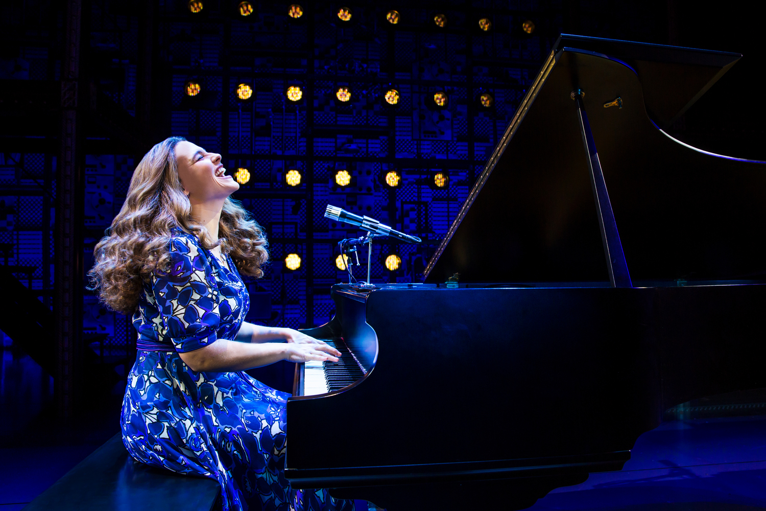 BWW Review: BEAUTIFUL, THE CAROLE KING MUSICAL at DCPA