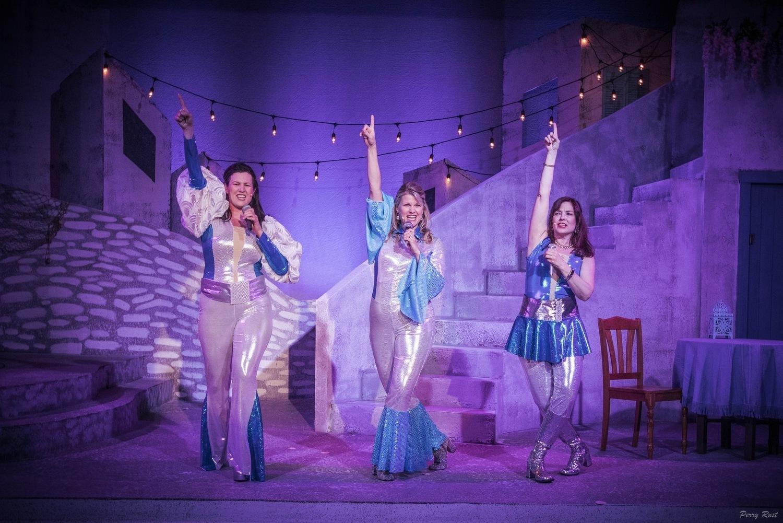 BWW Review: MAMMA MIA! at Fargo Moorhead Community Theatre
